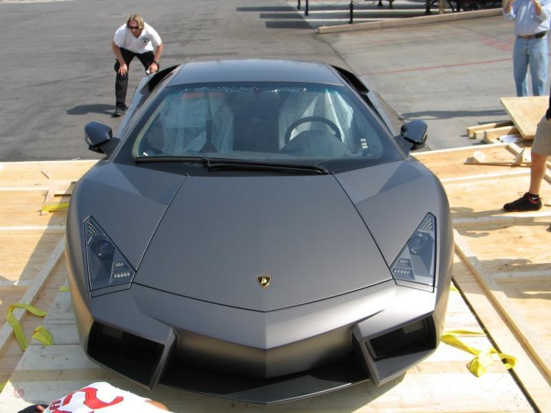 Desempaquetando un Lamborghini Reventon