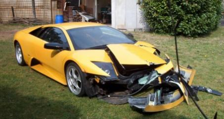 Lamborghini Gallardo accidentado